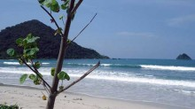 Pasir Putih Pantai Selong Belanak, Lombok