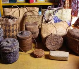Kerajinan Anyaman Desa Beleka, Lombok