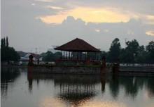 Pura Taman Mayura Mataram Lombok