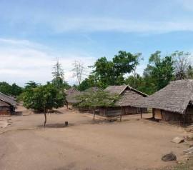 Pemukiman Desa Segenter, Lombok.