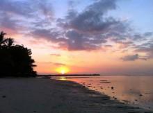 Matahari Terbenam di Pantai Sire Lombok